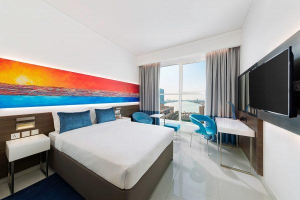 Citymax-Hotel-RAK-Blue-Guest-Room-Interior-Rohit-Ramesh