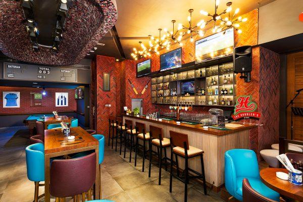 Huddle-Sports-Bar-Citymax-Hotel-RAK-Rohit-Ramesh-01