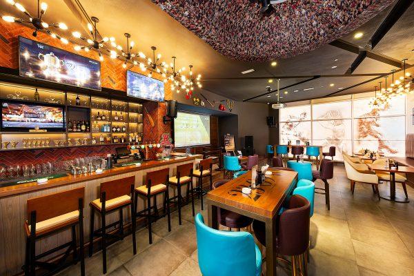 Huddle-Sports-Bar-Citymax-Hotel-RAK-Rohit-Ramesh-02